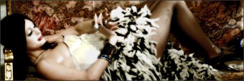Paris Hilton en Repo (2008)
