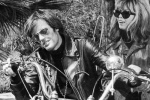 Peter Fonda y Nancy Sinatra en Los Angeles del Infierno